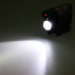 Taktická svítilna s laserem na 11mm a 22mm (5)